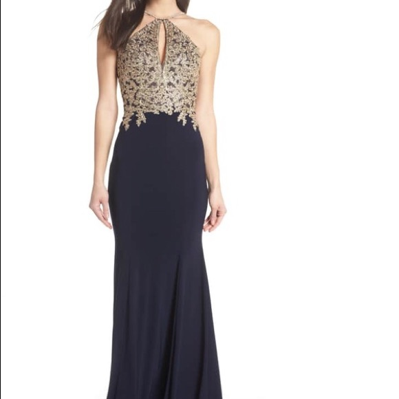 a450a0eed5dd New XSCAPE Gold Embroidery Halter Neck Gown. M_5b84e4bbbf77295b3278ef23